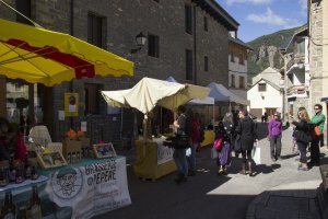 Mercado Villanua Hecho en los Pirineos 2